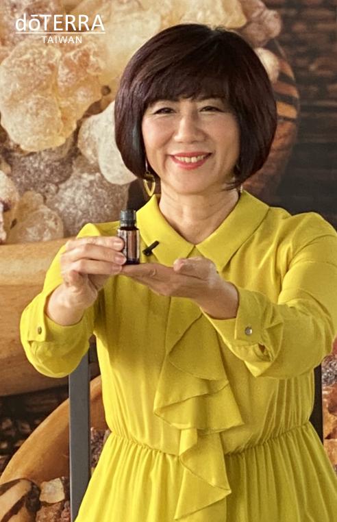 乳香月感恩月-吳晶淳
